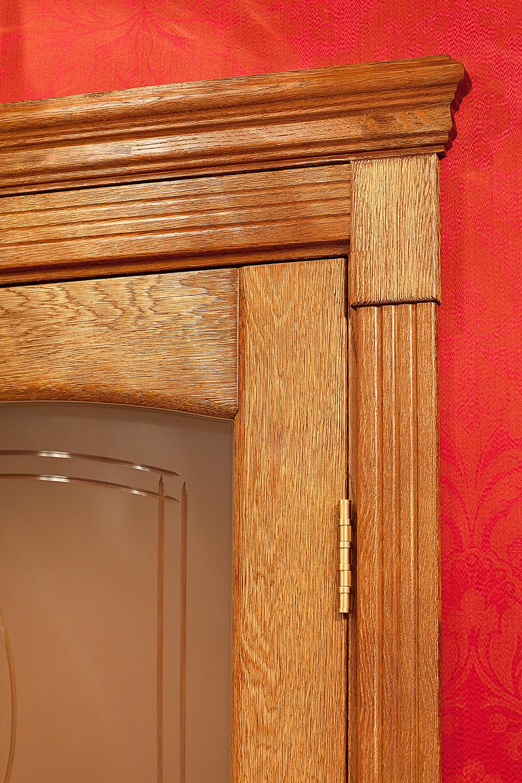 Двери золотой дуб в интерьере фото